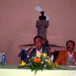 Prof. Manuel Moreno hablando al público